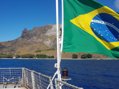 """Navio-Patrulha Oceânico """"Amazonas"""" realiza Comissão POIT III/2020"""