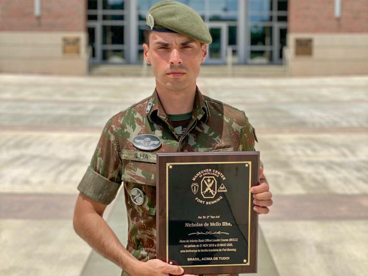 Oficial retorna ao Batalhão após curso no exército dos Estados Unidos