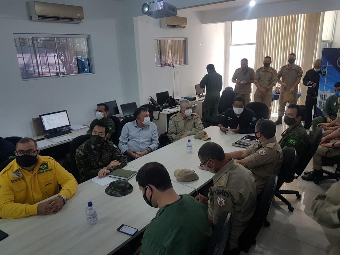 Combate aos focos de incêndio no Pantanal é planejado com representantes dos órgãos que atuam na região