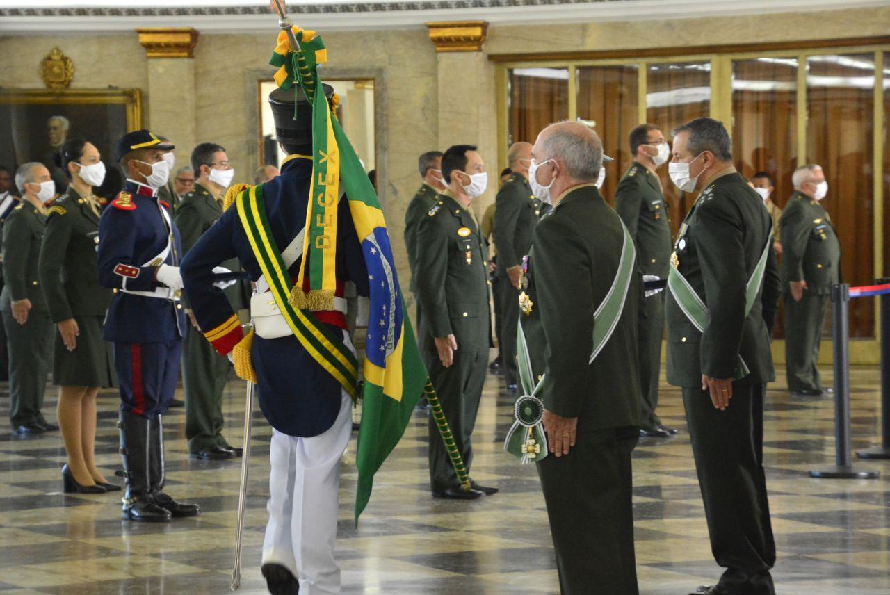 Dia do Soldado é comemorado no Palácio Duque de Caxias
