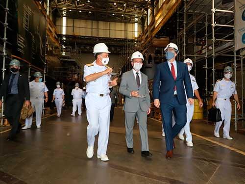 Embaixador dos Estados Unidos da América conhece o Complexo Naval de Itaguaí