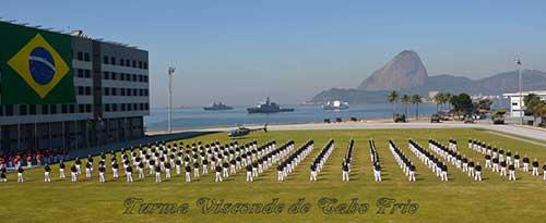 Escola Naval realiza Cerimônia de Juramento à Bandeira e Entrega de Espadins