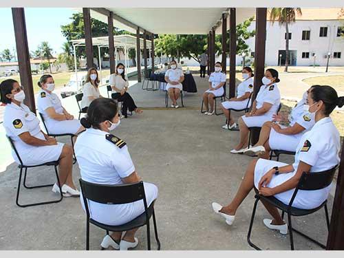 Escola de Aprendizes-Marinheiros do Ceará promove roda de conversa alusiva aos 40 anos de Ingresso da Mulher na Marinha
