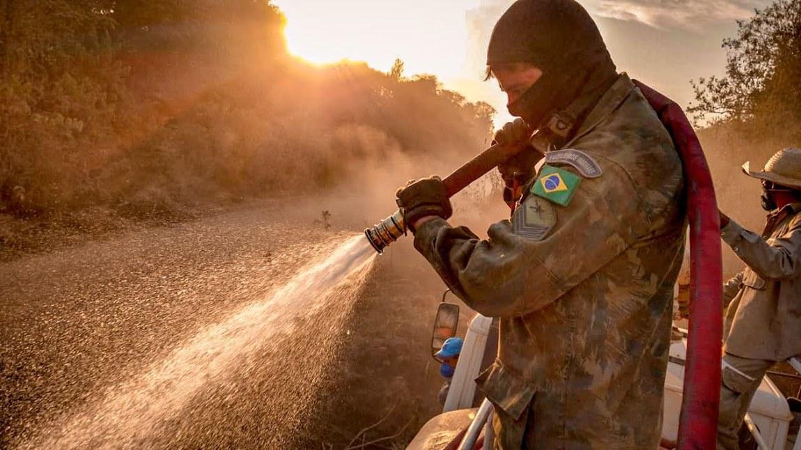 Forças Armadas apoiam combate a focos de queimadas no Pantanal