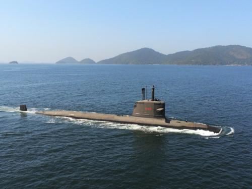 """Submarino """"Riachuelo"""" realiza Provas de Mar na Superfície para Testes com seu sistema de propulsão"""
