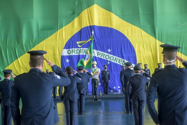 Organizações Militares da FAB homenageiam Especialistas da Aeronáutica