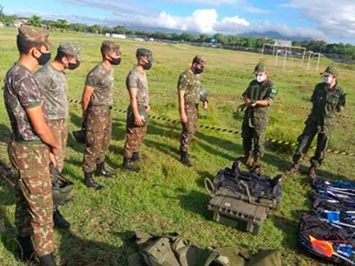 Batalhão de Engenharia de Fuzileiros Navais realiza Instrução com o Exército
