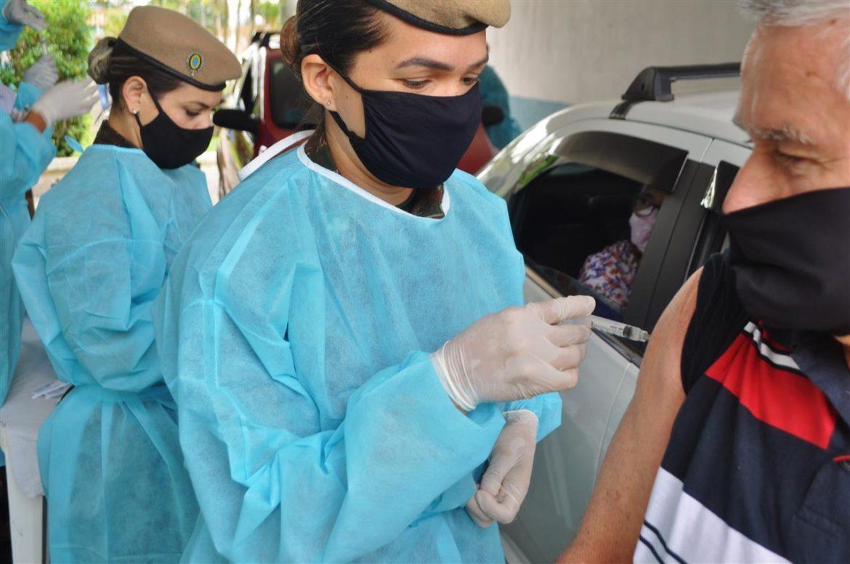 Batalhão do Exército apoia vacinação contra a covid-19 em Lorena (SP) #EBpreservandovidas