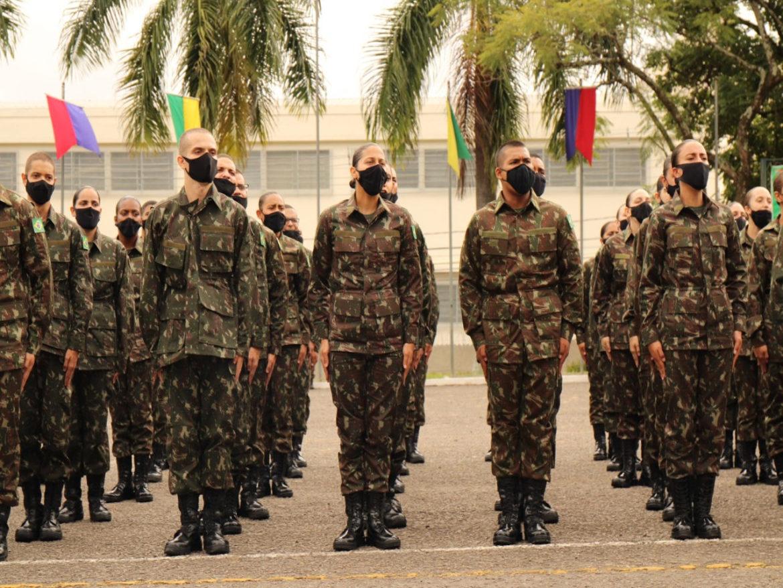 Futuros sargentos iniciam formação em Juiz de Fora (MG)