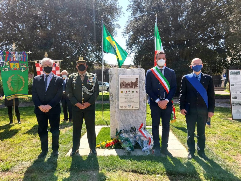Homenagem de Pistoia na Itália às enfermeiras voluntárias da FEB