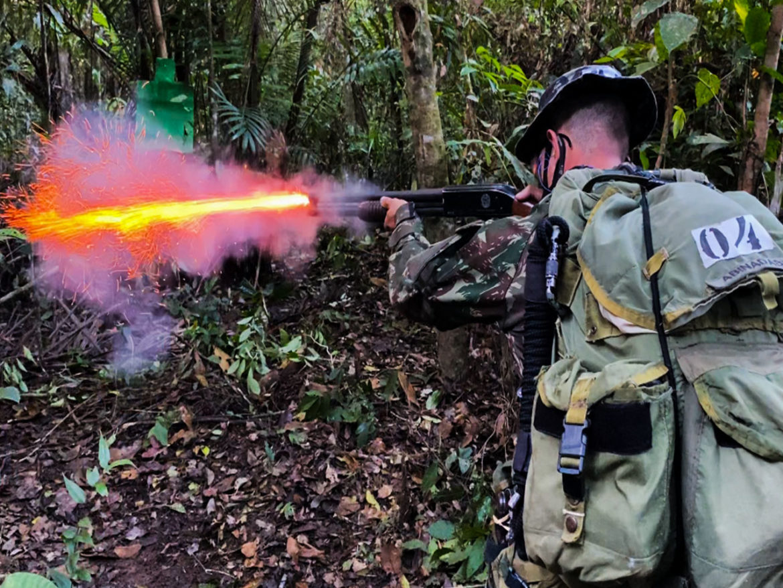 Militares concluem o Estágio de Operações na Selva em Cruzeiro do Sul (AC)