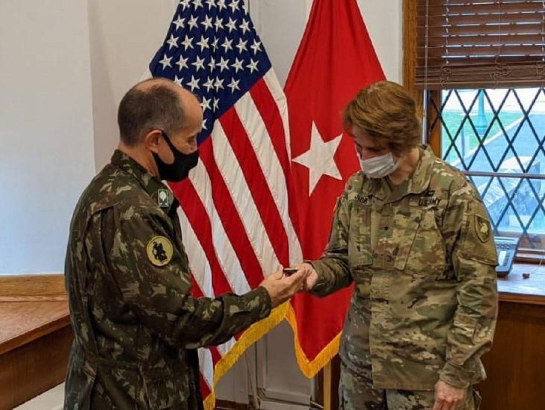 Subcomandante de Interoperabilidade do Exército Sul dos EUA visita a Academia Militar de West Point