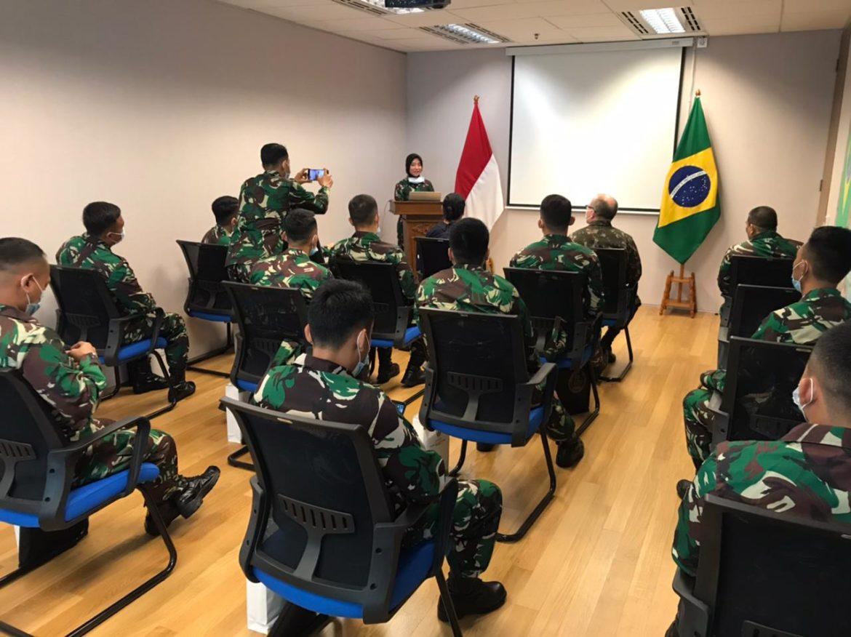 Aditância do Exército Brasileiro recebe comitiva do Exército da Indonésia
