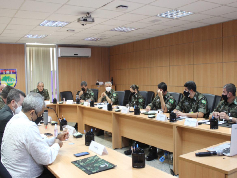 Centro de Estudos Estratégicos promove workshop sobre estratégia militar russa