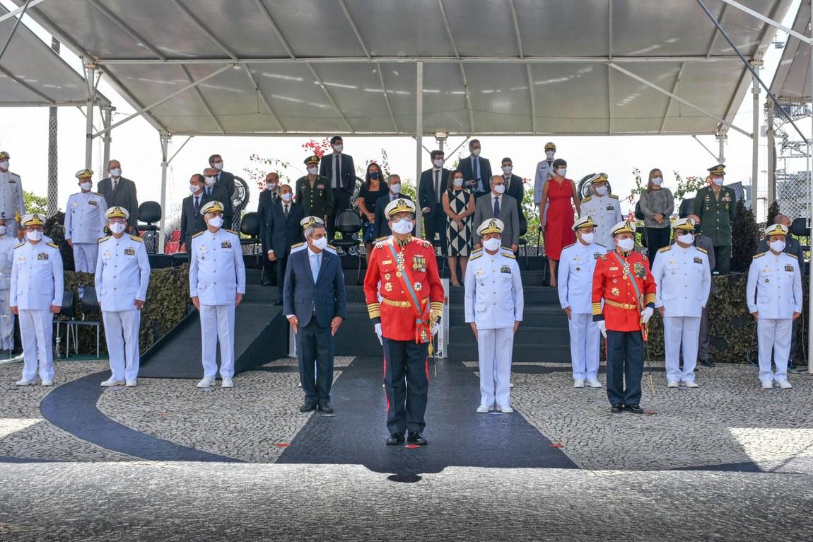 Cerimônia marca a transmissão do cargo de Comandante-Geral do Corpo de Fuzileiros Navais