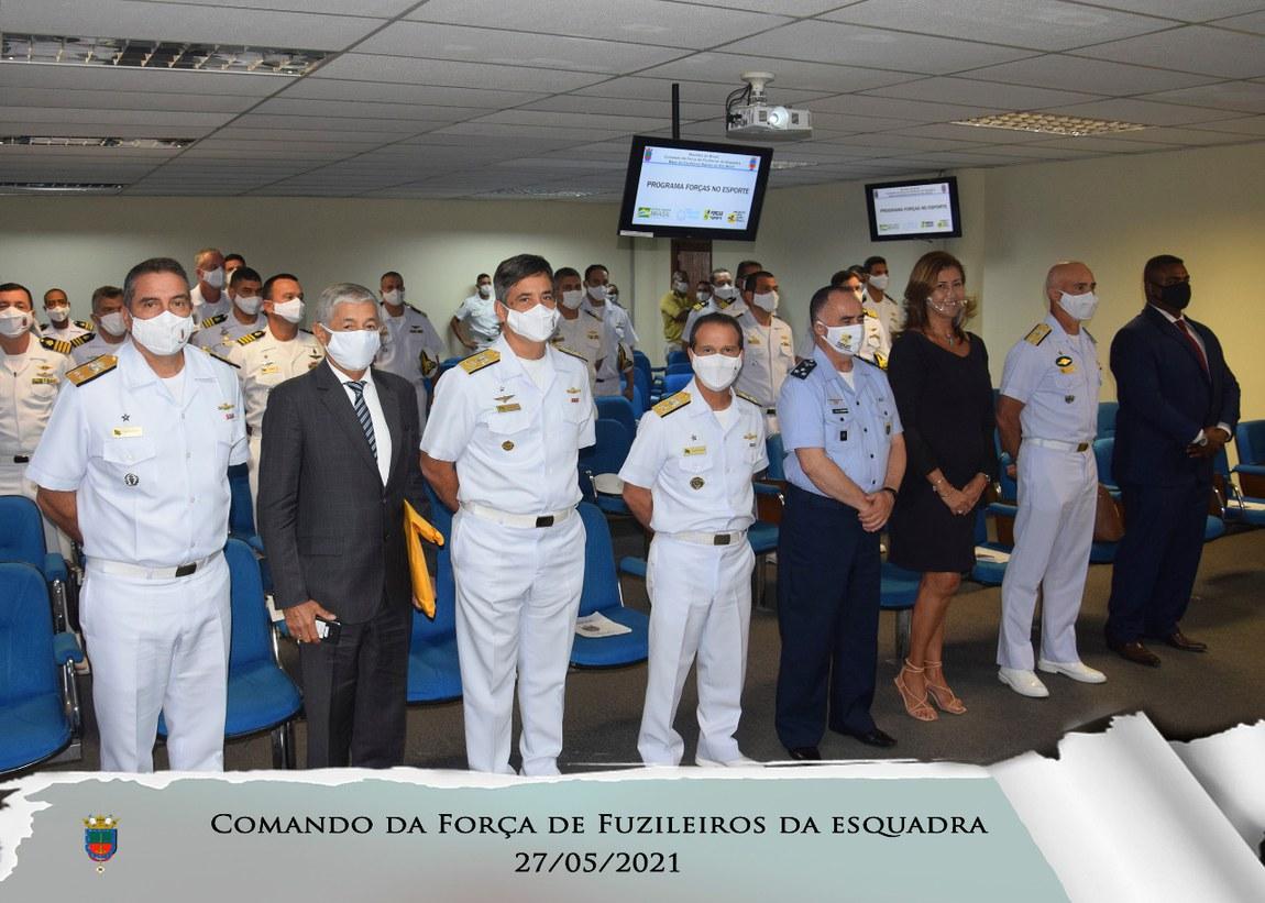 Comandantes de Unidades de Fuzileiros Navais acompanham ações do Programa Forças no Esporte