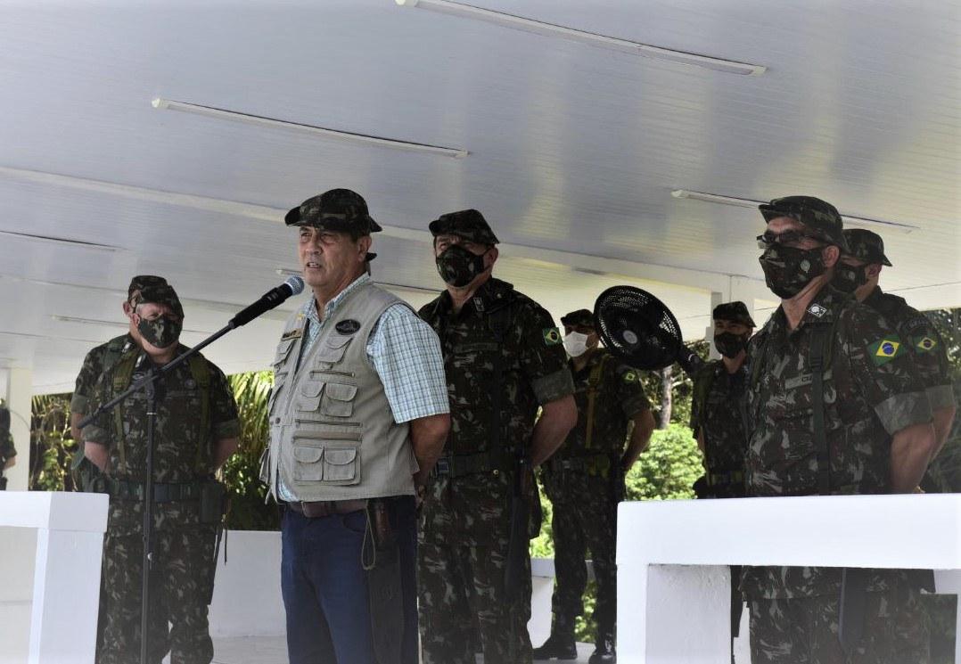 Comando Militar da Amazônia recebe Ministro da Defesa e Comandante do Exército
