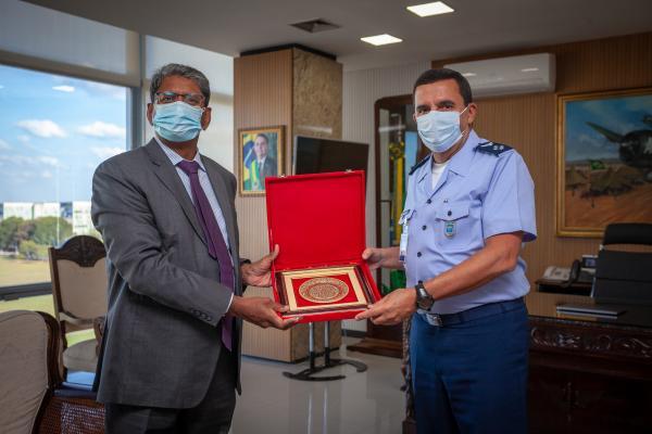 Embaixador da Índia visita o Comando da Aeronáutica