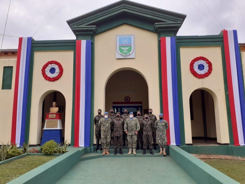 Militares brasileiros visitam o Centro de Treinamento Conjunto de Operações de Paz do Paraguai