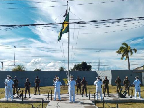 Marinha capacita militares do Exército a conduzir pequenas embarcações