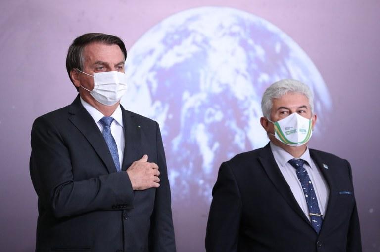 Brasil adere à iniciativa da Nasa que levará a primeira mulher à Lua