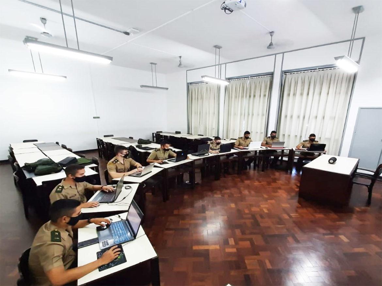 Cadetes da AMAN participam de competição internacional de cibernética