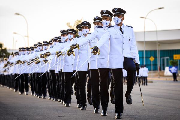 Centro de Instrução e Adaptação da Aeronáutica forma 87 novos Oficiais