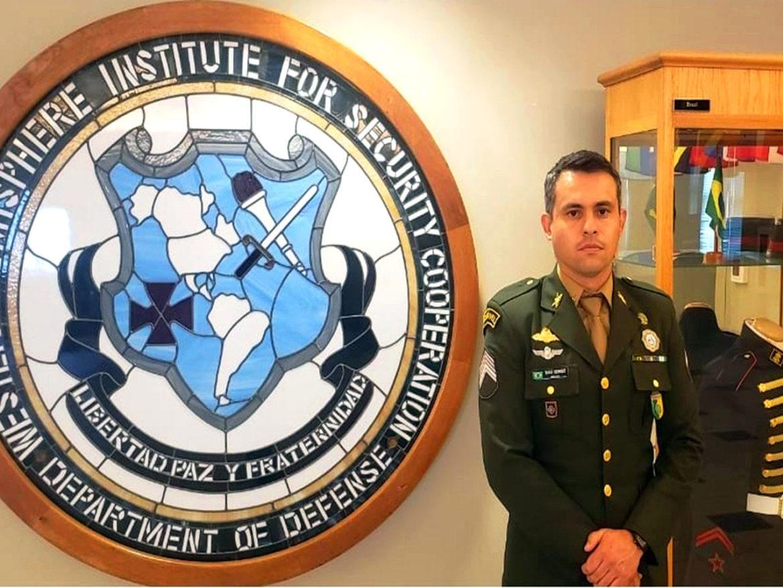 Militar da Escola de Sargentos das Armas é destaque em curso nos Estados Unidos