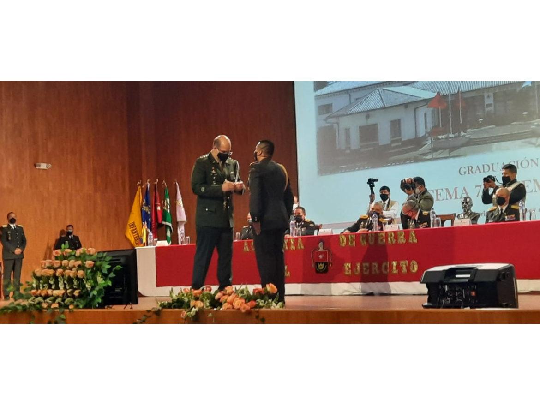 Aditância do Exército Brasileiro no Equador realiza entrega da Medalha Marechal Hermes