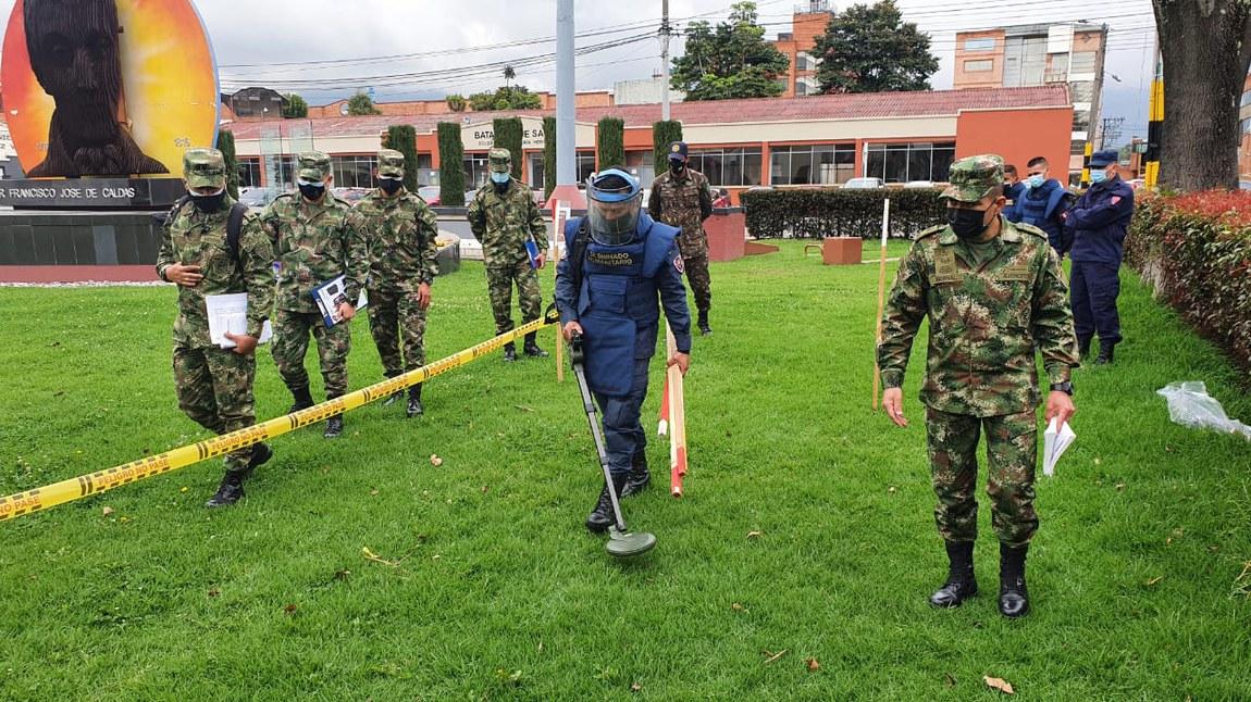 Militares brasileiros dão continuidade à capacitação em desminagem humanitária