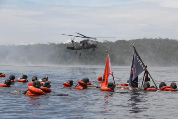 Militares da FAB concluem Curso de Adaptação Básica ao Ambiente de Selva