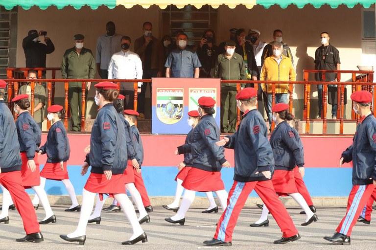 Presidente participa da entrega de boinas a 82 alunos do Colégio Militar de São Paulo