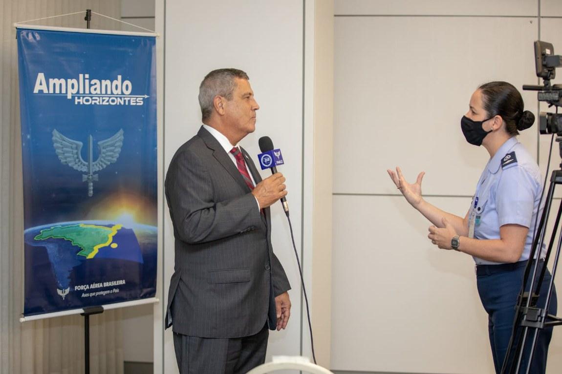 Projeto Ampliando Horizontes é aberto com palestra do Ministro da Defesa