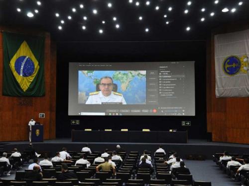 """CEPE-MB e Escola de Guerra Naval promovem o simpósio """"Marinha do Brasil: o mar e a sociedade"""""""