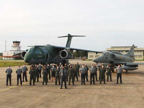 Base Aérea Naval de São Pedro da Aldeia recebe o KC-390 da FAB