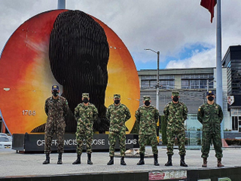 Militares brasileiros certificam novos monitores nacionais em desminagem na Colômbia