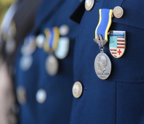 Organizações Militares da FAB homenageiam Santos-Dumont em cerimônias