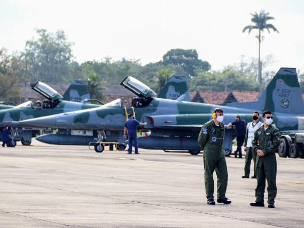 Militares que operam aeronave F-5M participam de Exercício Técnico de Combate