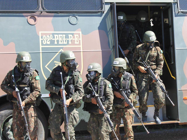 Militares realizam Estágio de Adaptação à Polícia do Exército em Boa Vista