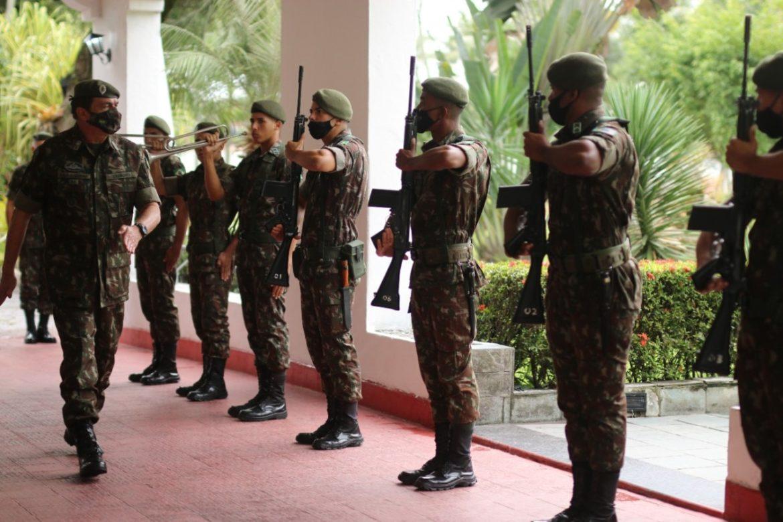 7º Depósito de Suprimento recebe a visita do Comandante do Exército