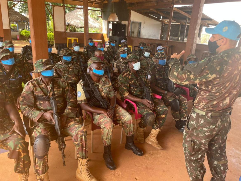 Equipe Móvel de Treinamento Especializado em Selva realizou três semanas de treinamento no Congo