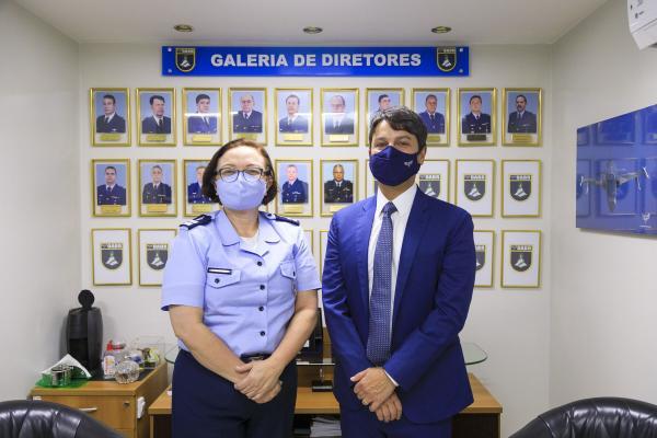 Desembargador do TRF1 visita Odontoclínica da Aeronáutica de Brasília