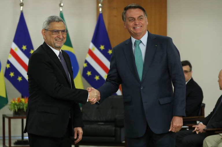 Presidente Jair Bolsonaro recebe no Brasil o presidente de Cabo Verde