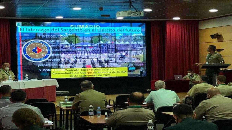 Exército Brasileiro participa de atividade da Conferência dos Exércitos Americanos na Espanha
