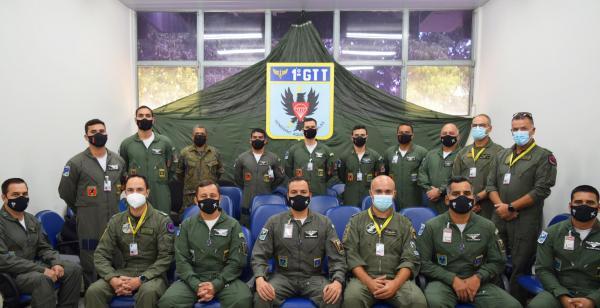 FAB realiza curso em Anápolis (GO) para tripulantes portugueses do KC-390 Millennium