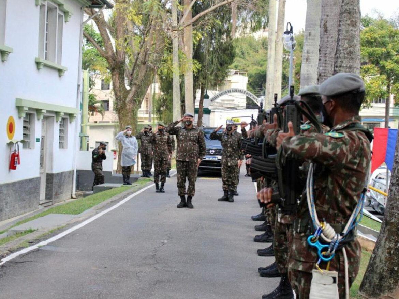 Herói da Força Expedicionária Brasileira é homenageado por Brigada de Montanha