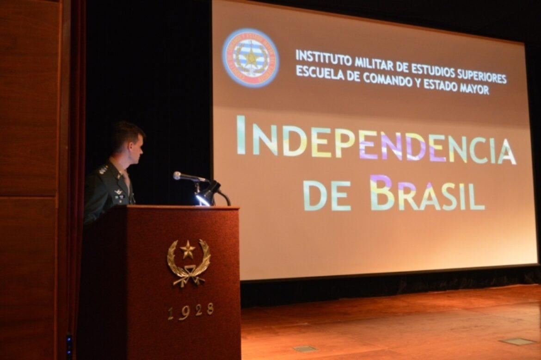 Homenagem ao Dia da Independência do Brasil e Dia do Soldado no Exército Nacional do Uruguai