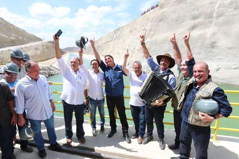 Governo Federal entrega Ramal do Agreste em Pernambuco