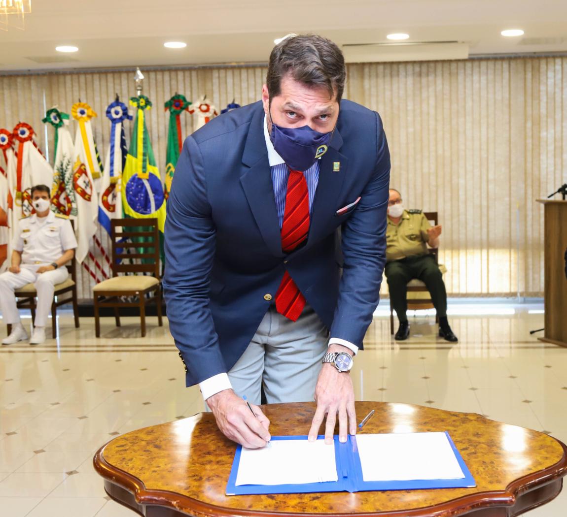 Novos negócios e oportunidades tecnológicas têm apoio de parcerias firmadas pela Defesa